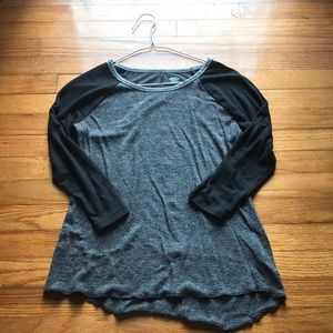 Old Navy base ball tee